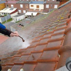 Démoussage de toit à Arras